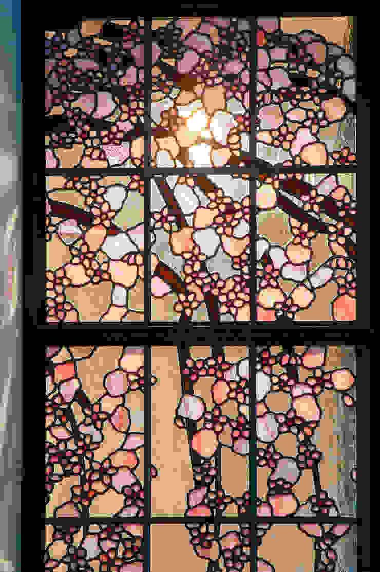 しだれ桜 和風デザインの リビング の マルグラスデザインスタジオ 和風 ガラス