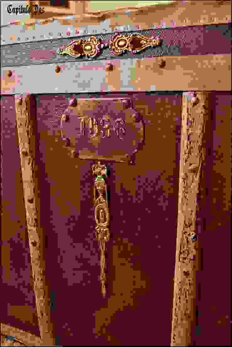 Baúles y valijas de Capítulo Dos Rústico Madera maciza Multicolor
