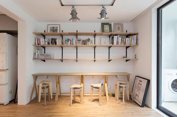 Studeerkamer/kantoor door 매트그라퍼스, Modern