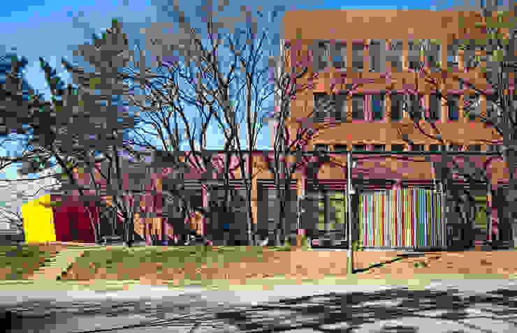 Block Attached Pavilion by 건축공방 'ArchiWorkshop'