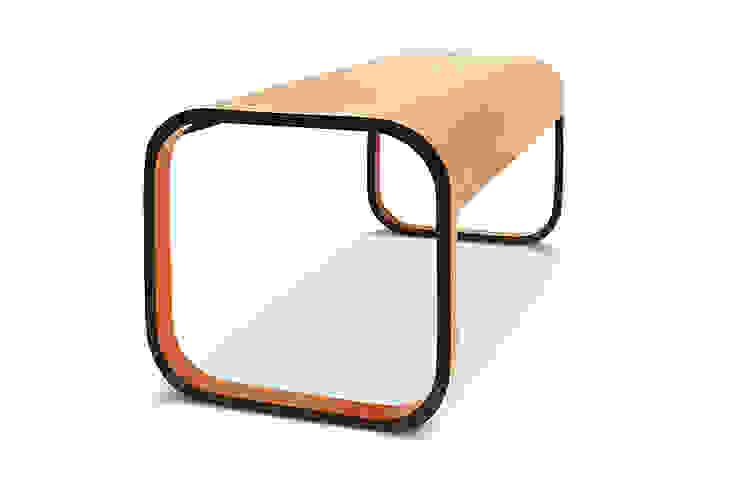 stolik SKANDI od Modestwork Skandynawski Drewno O efekcie drewna