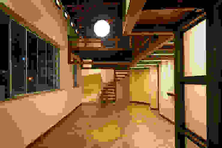 Phòng khách by SDHR Arquitectura