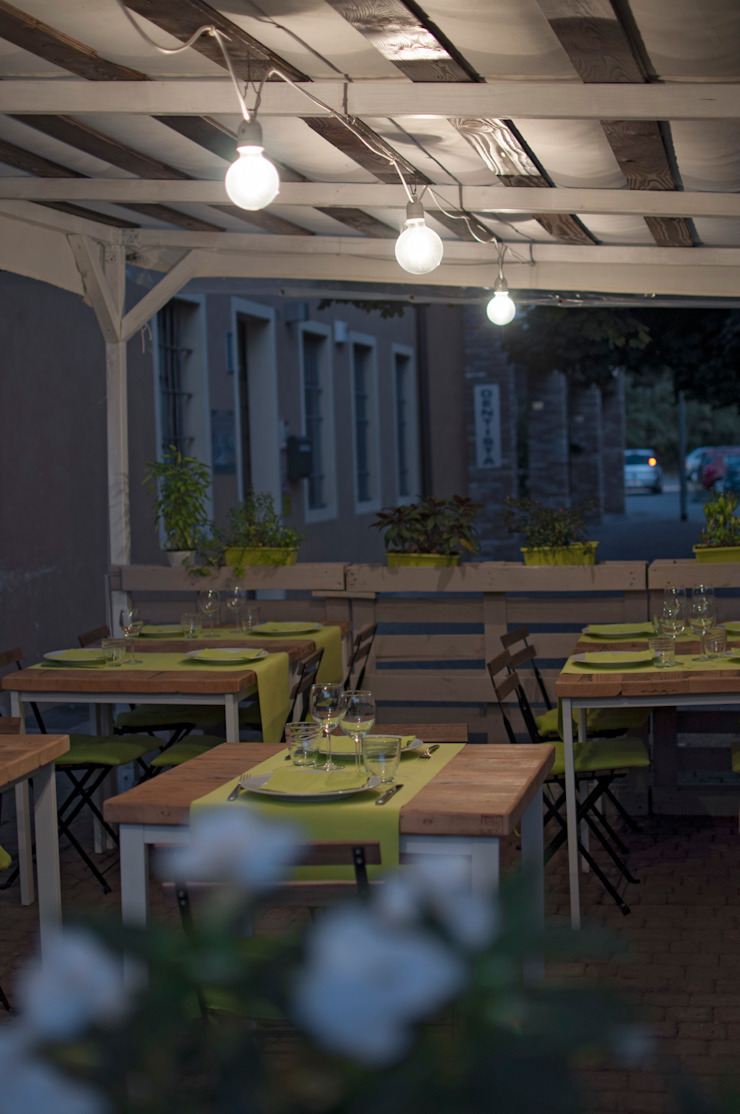 Spazio esterno estivo ristorante de Laboratorio Moderno