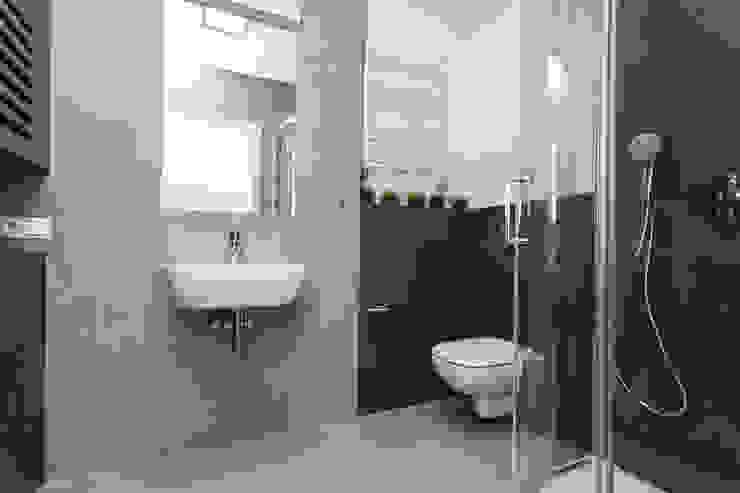 KRJ Skandynawska łazienka od Och_Ach_Concept Skandynawski