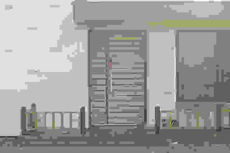 kimpo madang house 김포 두마당 집 모던스타일 복도, 현관 & 계단 by 집스터디 건축 스튜디오_JIP STUDY ARCHITECTS STUDIO 모던