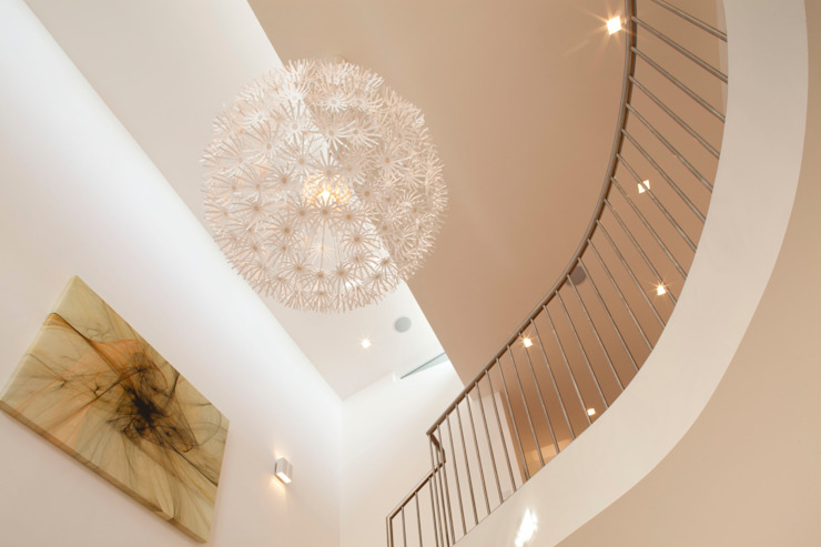 Essex House Modern corridor, hallway & stairs by Frost Architects Ltd Modern