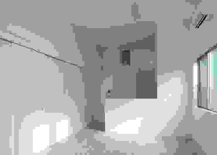 千葉のギャラリー住宅 オリジナルデザインの リビング の Unico design一級建築士事務所 オリジナル