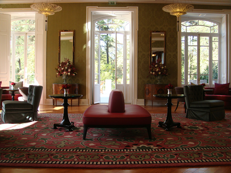 Vidago Palace Hotel Salas de estar clássicas por Ferreira de Sá Clássico