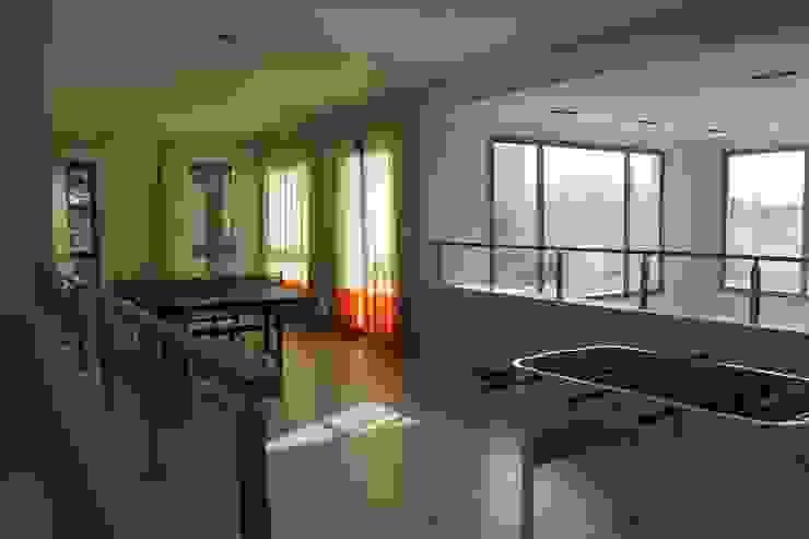 LAS MARIAS casa & jardin Modern Media Room