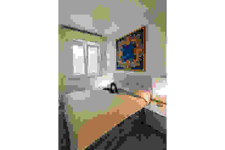 Camera da letto Camera da letto moderna di Bartolucci Architetti Moderno