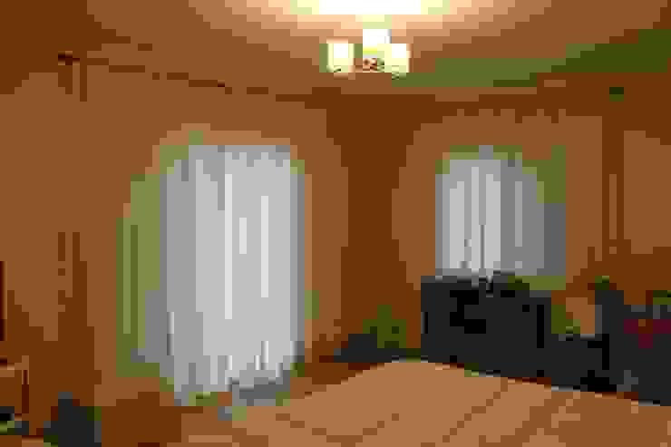 Casa en quinta privada Dormitorios modernos: Ideas, imágenes y decoración de LAS MARIAS casa & jardin Moderno