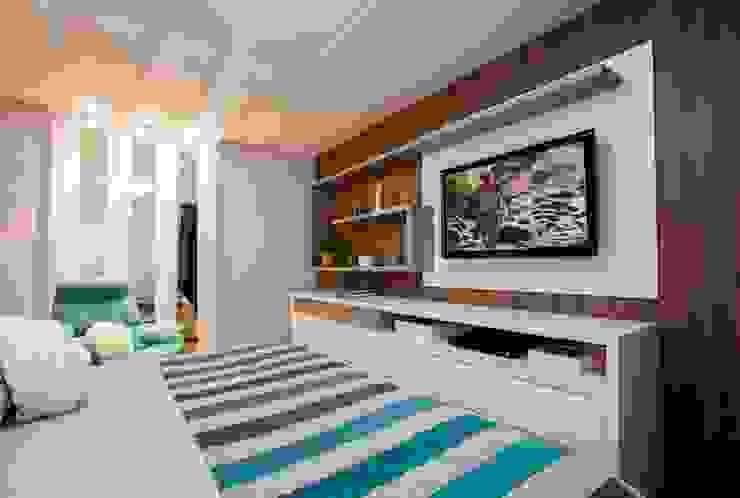 Suite Master Quartos modernos por LimaRamos & Arquitetos Associados Moderno