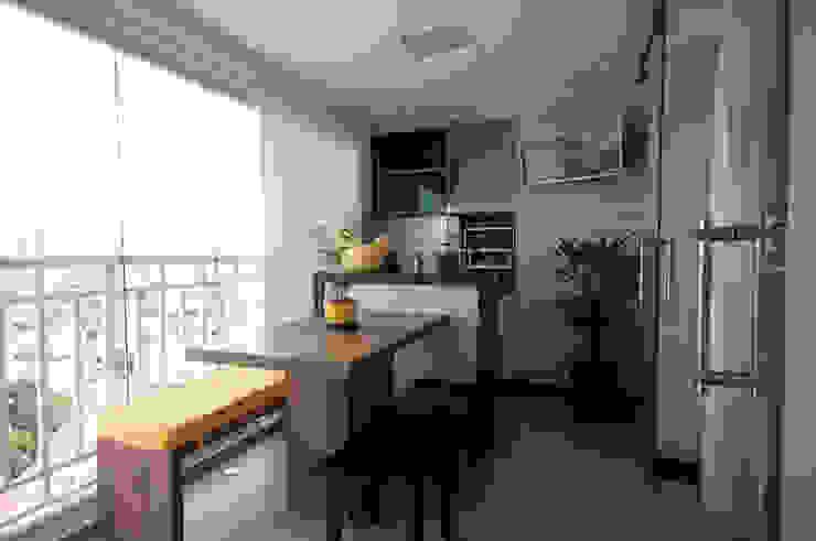 Varanda Gourmet Haus Brasil Arquitetura e Interiores Varandas, alpendres e terraços modernos