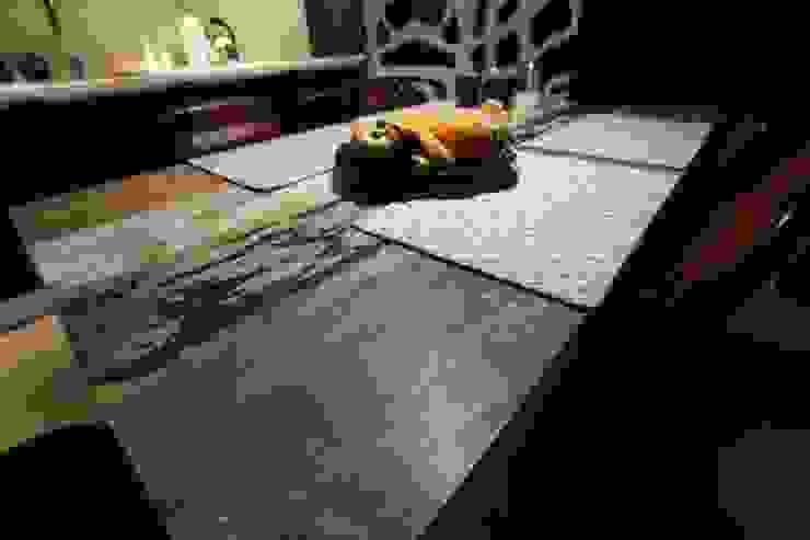 stół Industrialna jadalnia od projektowanie wnętrz Industrialny