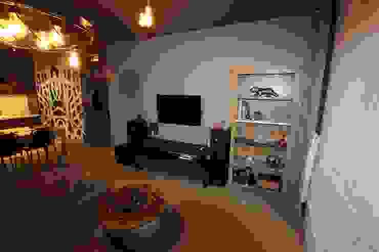 Salas multimedia de estilo moderno de projektowanie wnętrz Moderno
