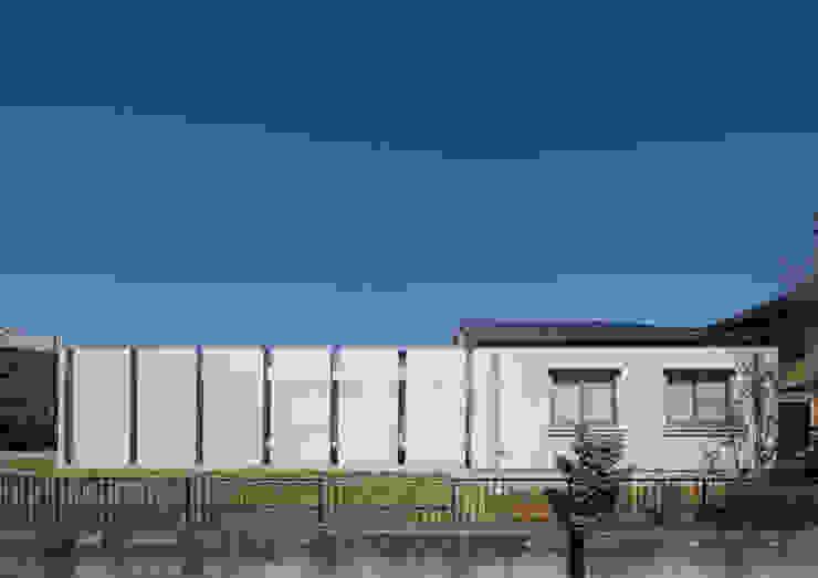 南側外観 モダンな 家 の アトリエ24一級建築士事務所 モダン