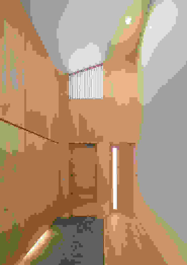 玄関 モダンスタイルの 玄関&廊下&階段 の アトリエ24一級建築士事務所 モダン