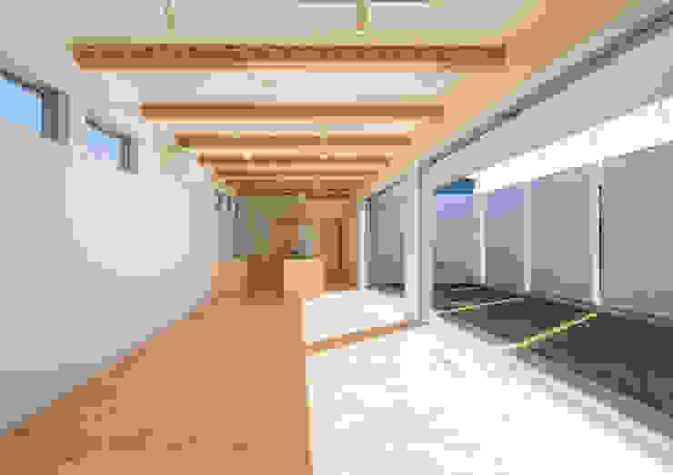 リビング・ダイニング・キッチン モダンデザインの リビング の アトリエ24一級建築士事務所 モダン