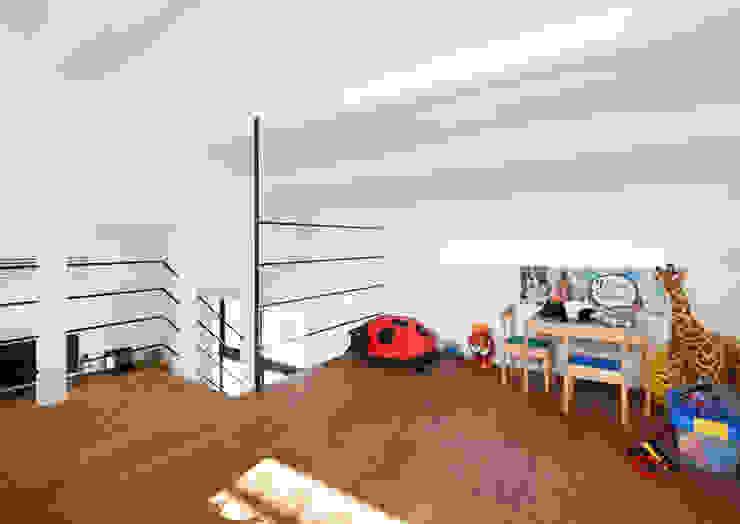 阿倍野の長屋〈renovation〉-5段の距離がいい- 和風デザインの 子供部屋 の atelier m 和風 木 木目調