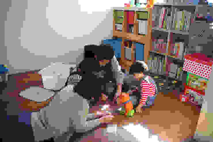 阿倍野の長屋〈renovation〉-5段の距離がいい- の atelier m 北欧