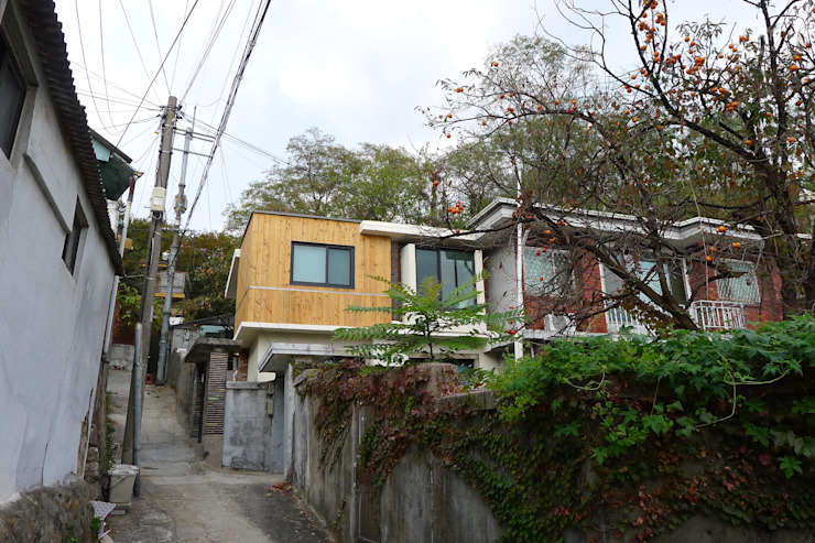 옥인동주택 리모델링 : IEUNG Architect의  주택