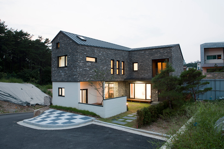 Häuser von 리슈건축 , Modern