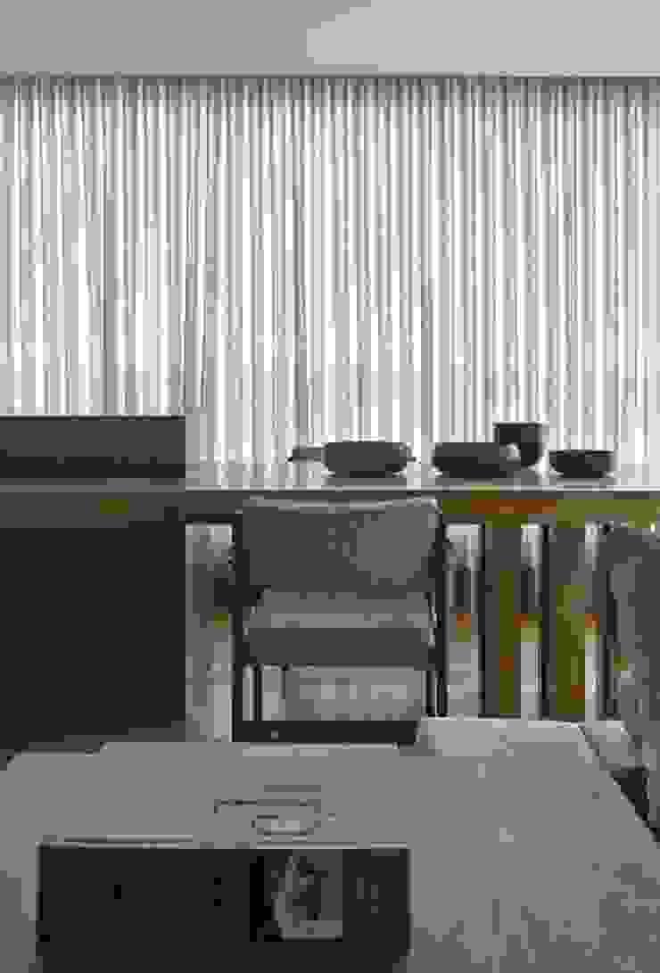 LA14 Casas modernas por David Guerra Arquitetura e Interiores Moderno