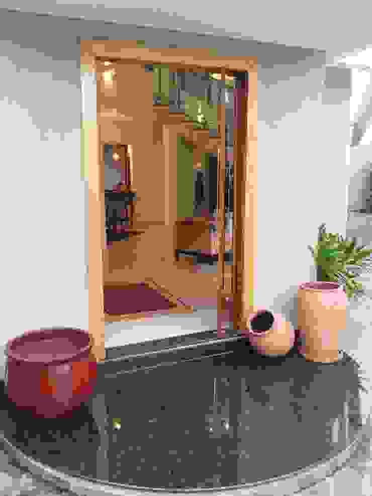 Casa Contemporânea Portas e janelas rústicas por Renata Prata Studio Rústico