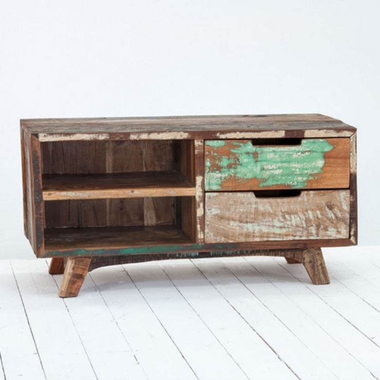 Marius Driftwood Reclaimed Wood TV Cabinet by homify Рустiк Дерево Дерев'яні