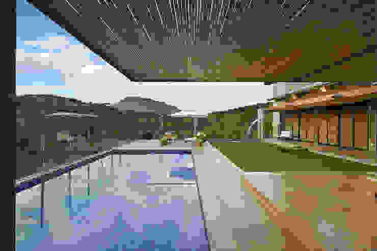 Mountain House Rustikale Häuser von David Guerra Arquitetura e Interiores Rustikal