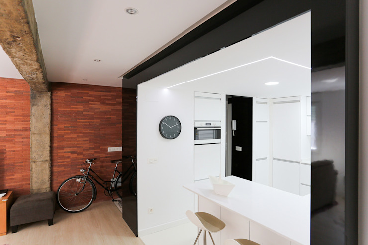 Modern kitchen by auno50 interiorismo Modern