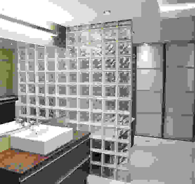 Banheiros clássicos por Denika Clássico