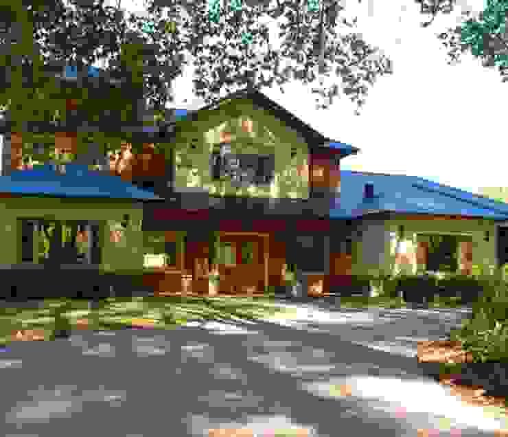 ARTACHO HOUSE: Casas de estilo  por Carbone Fernandez Arquitectos,Moderno