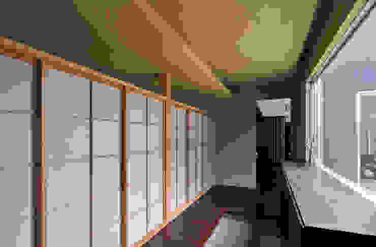 玄関 モダンスタイルの 玄関&廊下&階段 の 株式会社クレールアーキラボ モダン 鉄筋コンクリート
