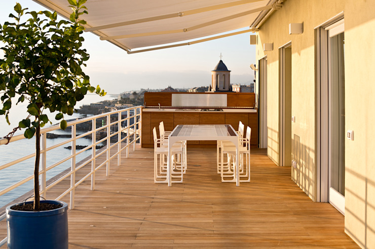 Balcon, Veranda & Terrasse méditerranéens par marta carraro Méditerranéen