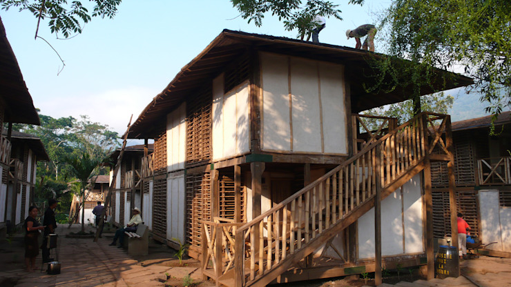 ABCDEstudio Rumah Tropis Kayu Wood effect