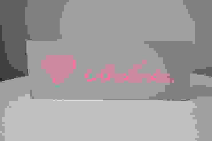 Tabliczka dekoracyjna, drewniana deseczka z napisem <3 Babcia. od Miss Vintage Klasyczny