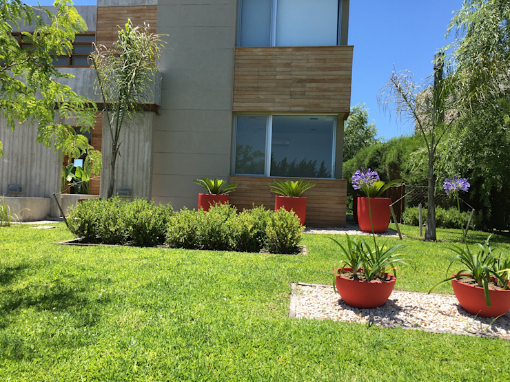 by BAIRES GREEN Modern