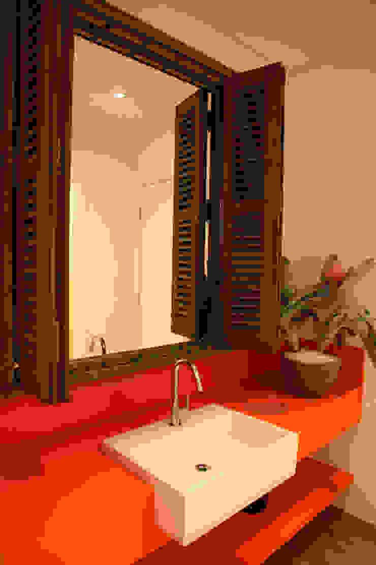 Valcucine Brasil Lojas & Imóveis comerciais modernos por Fabiana Rosello Arquitetura e Interiores Moderno
