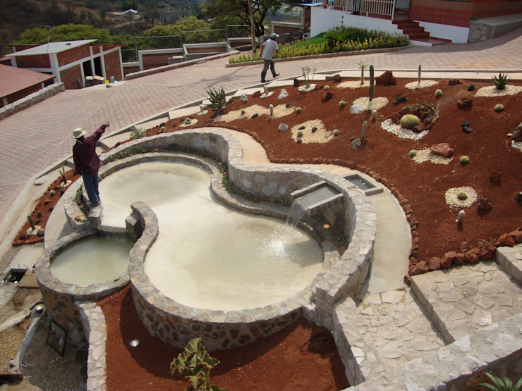 CONJUNTO LA LOMA Jardines rústicos de AR+D arquitectos Rústico