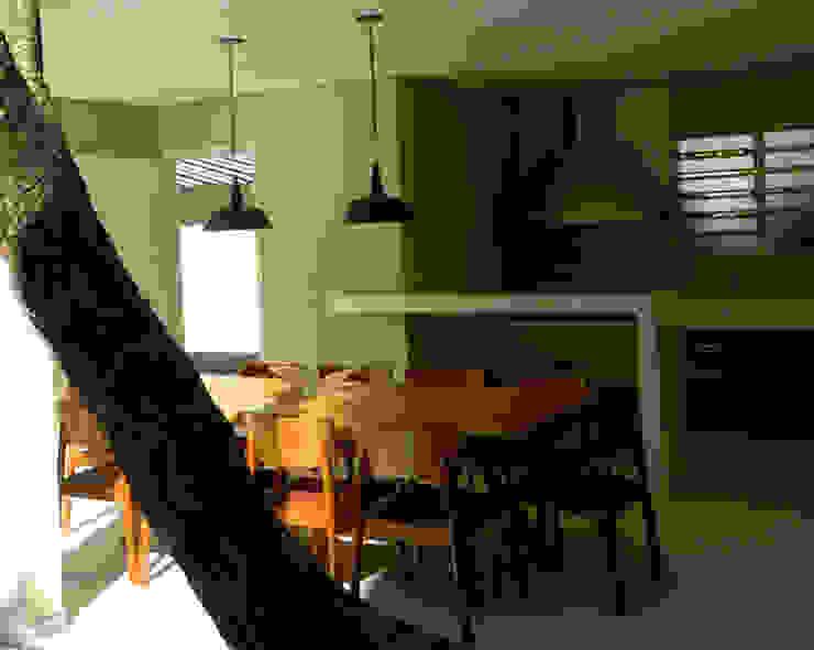 Residência 500m² Varandas, alpendres e terraços modernos por Fabiana Rosello Arquitetura e Interiores Moderno