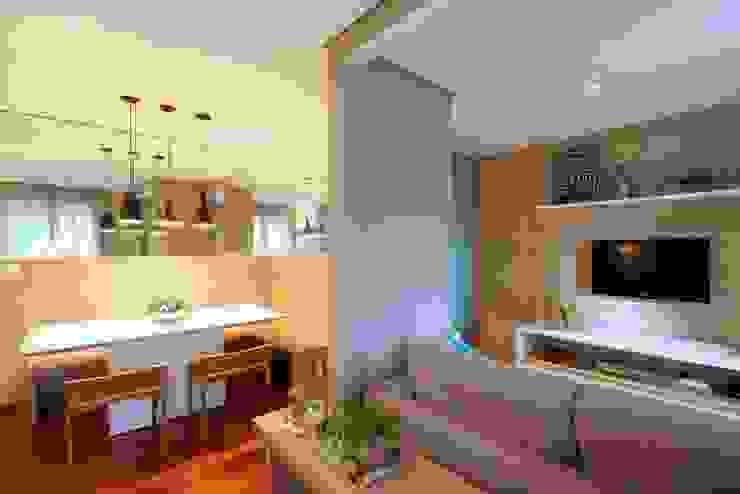 Bosque da Saúde II Salas de estar modernas por MeyerCortez arquitetura & design Moderno