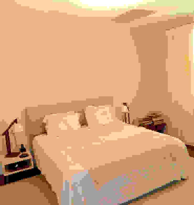 Residência 500m² Quartos modernos por Fabiana Rosello Arquitetura e Interiores Moderno