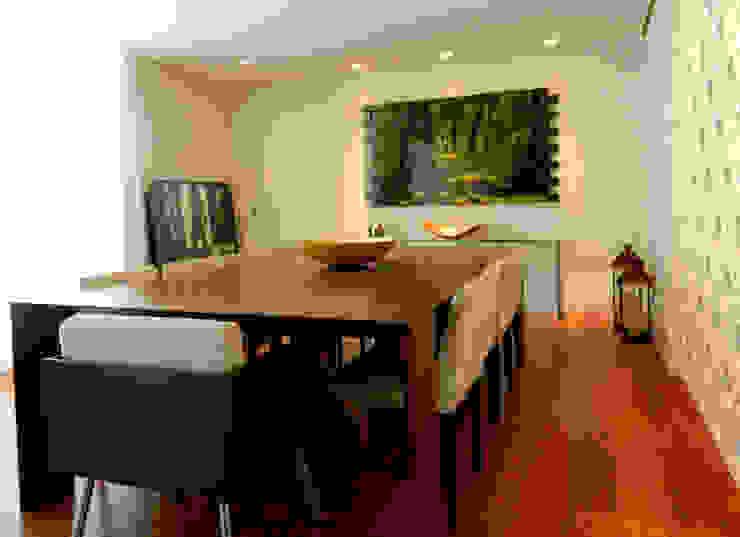 Residência 500m² Salas de jantar modernas por Fabiana Rosello Arquitetura e Interiores Moderno
