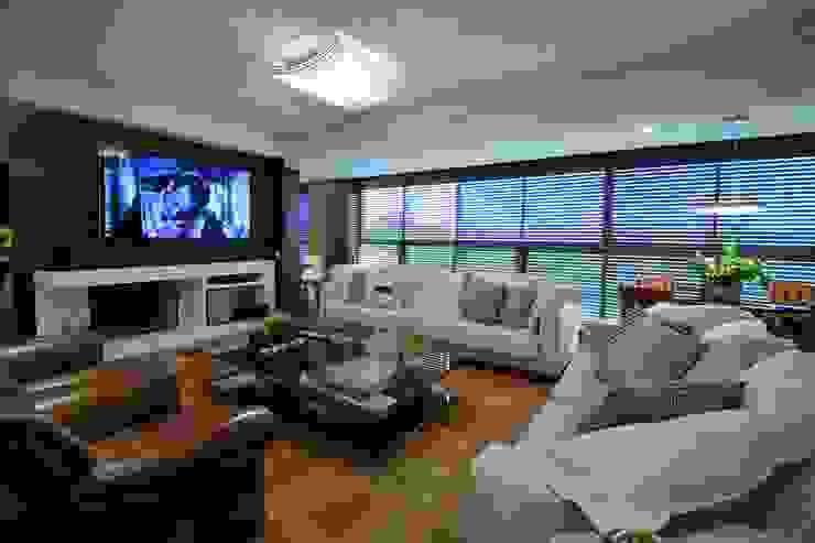 Marcelo Minuscoli - Projetos Personalizados Modern living room