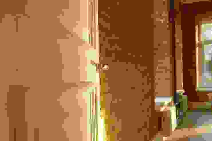 Chistie Prudy flat. Total reconstruction. Fenêtres & Portes industrielles par Alexander Krivov Industriel