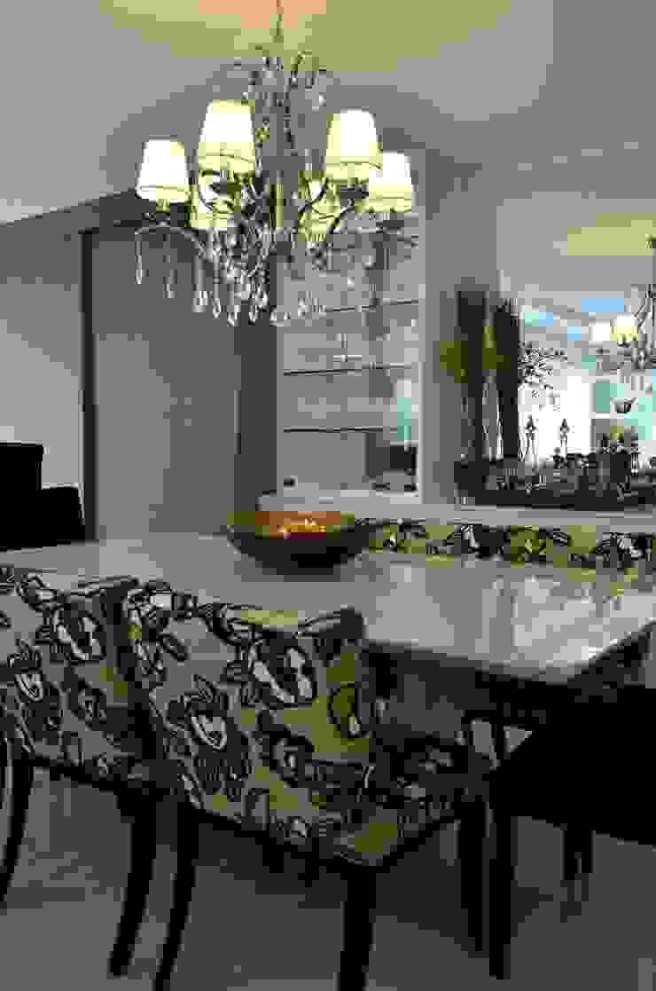Versátil e luminoso Salas de jantar modernas por Marcelo Minuscoli - Projetos Personalizados Moderno