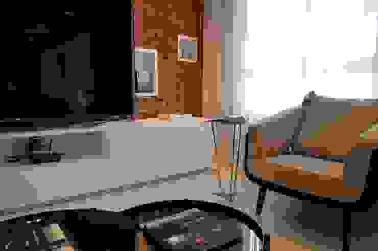 Apartamento 294m² Salas de estar modernas por Fabiana Rosello Arquitetura e Interiores Moderno