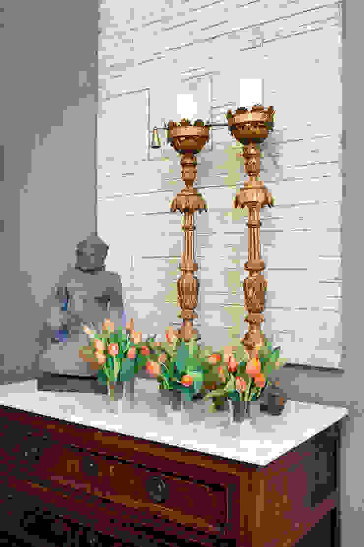 Antonio Martins Interior Design Inc Eclectic style bedroom