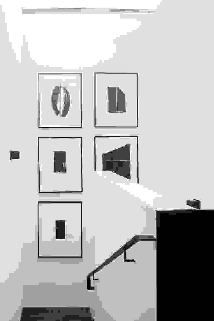 Casa em Sao Francisco – Pacific Heights Corredores, halls e escadas modernos por Antonio Martins Interior Design Inc Moderno